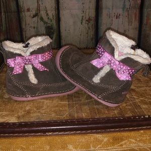 Adorable stride rite baby girl brown boots 4.5W